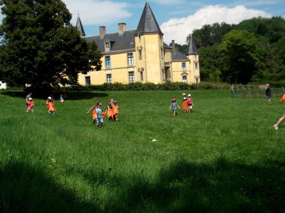 grand jeu dans le parc du chateau