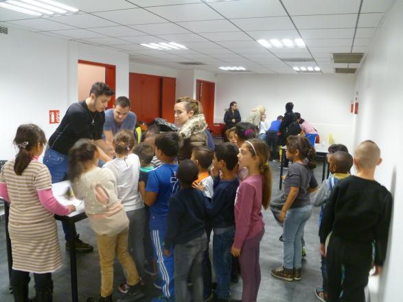 Ateliers menés par les BPJEPS avec les élèves de l'école élémentaire Rose Val Plan
