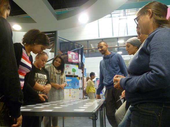 """Atelier """"les Loisirs"""" mené par les BPJEPS avec les élèves du Lycée Camille Julian"""